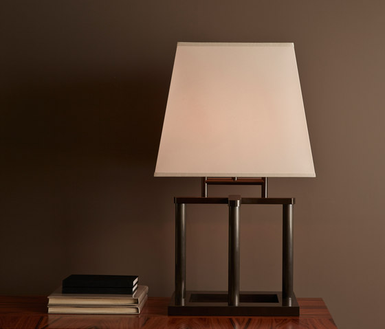 Catherine table lamp de Promemoria