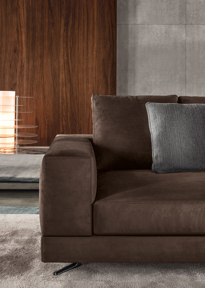 White by Minotti