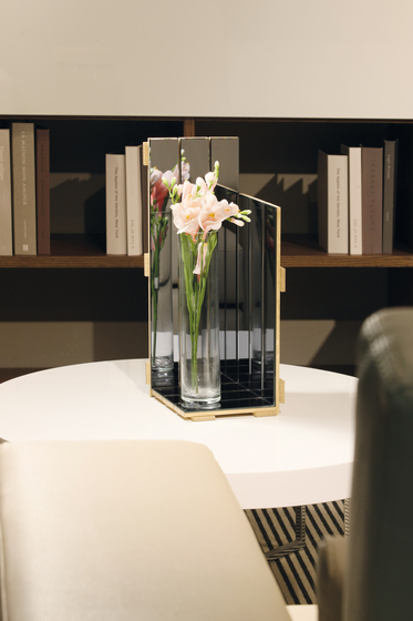 Vase 18. by Antique Mirror