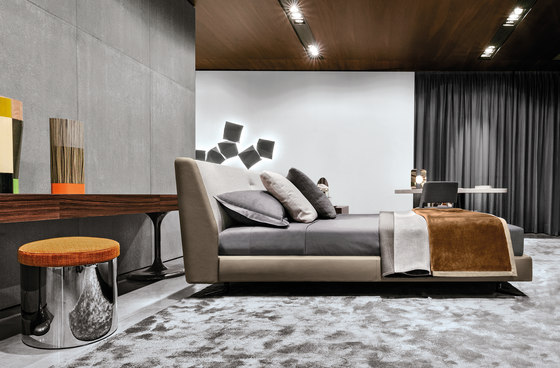 Spencer Bed By Minotti Product