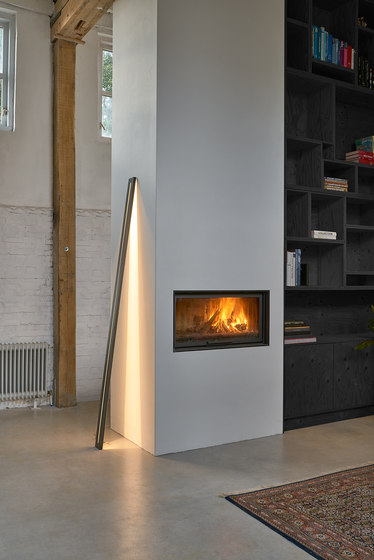 Framed leaning floor lamp by Jacco Maris