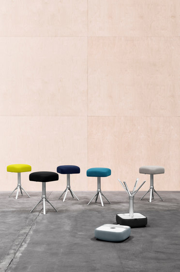 Guest | Sugoi/light grey di Montana Furniture