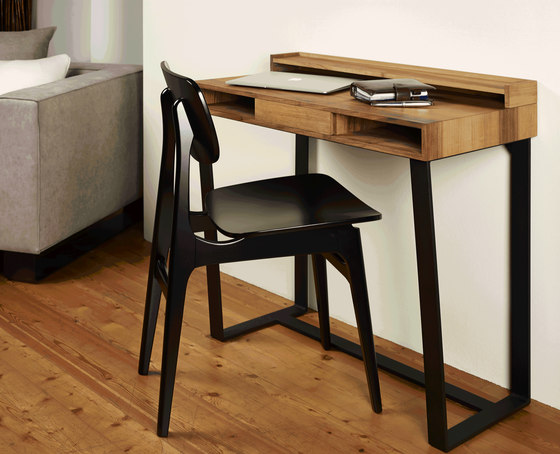 lars von lambert tisch stuhl produkt. Black Bedroom Furniture Sets. Home Design Ideas