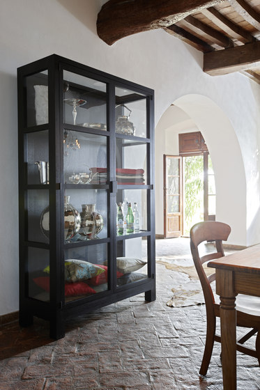 Vista display cabinet di Lambert