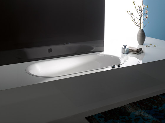 BetteLux Oval Built-in Bath de Bette