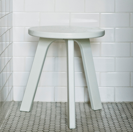 Milk Stool de Loll Designs
