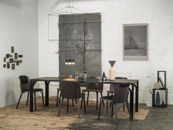 Split Lounge armchair de TON