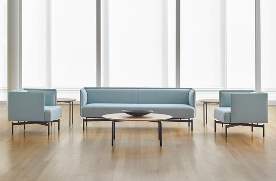 Finale Sofa di Bernhardt Design