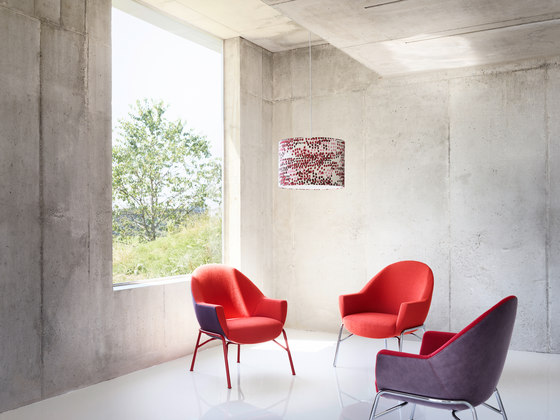 S 831 with writing panel by Thonet