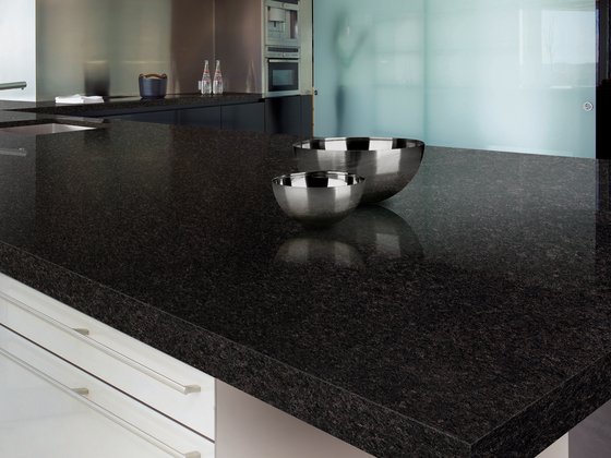 Granite Collection Anhara Black de LEVANTINA