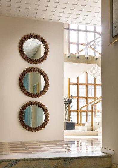 pearl spiegel von porada architonic. Black Bedroom Furniture Sets. Home Design Ideas