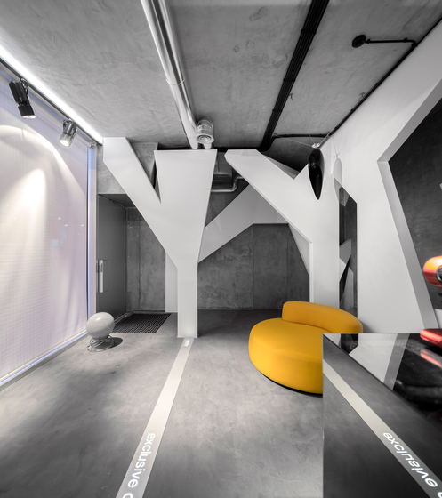 Drop suspended by Architettura Sonora