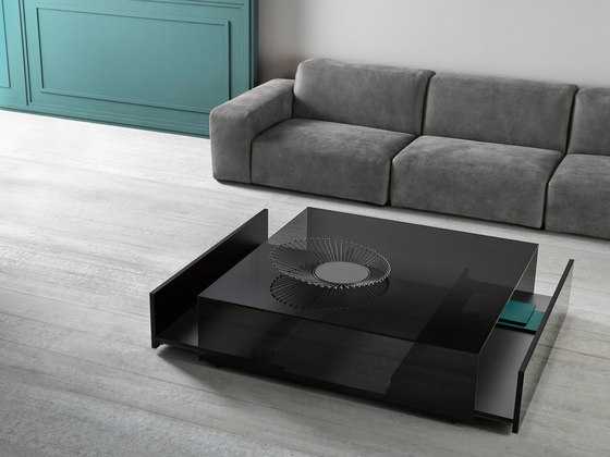 Gotham Low table large von Tonelli