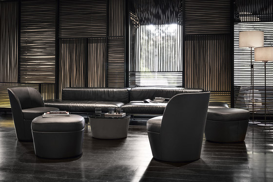 Tam Tam | lounge armchair mono with pouf by Frag