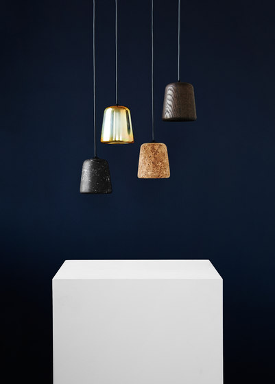 Material Pendant Light Grey Concrete di NEW WORKS