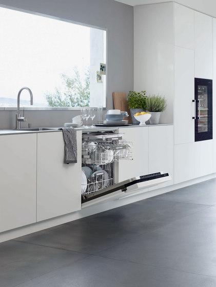Dishwasher Adora | handle black by V-ZUG