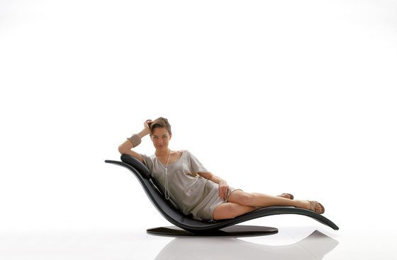 eli fly chaise longues de d sir e architonic. Black Bedroom Furniture Sets. Home Design Ideas