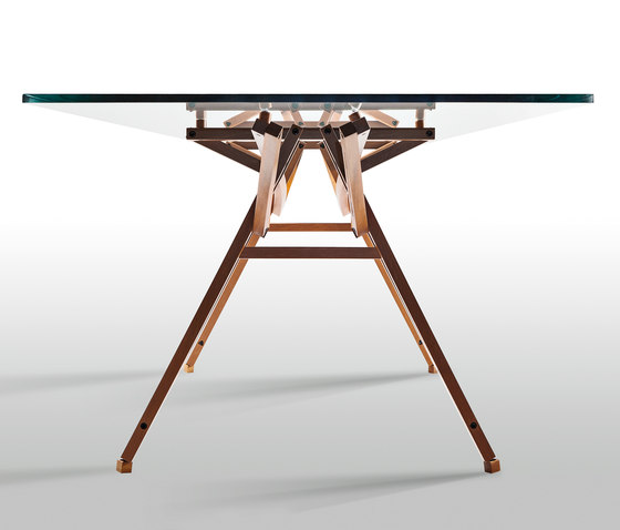 To-Mollino table by Movecho