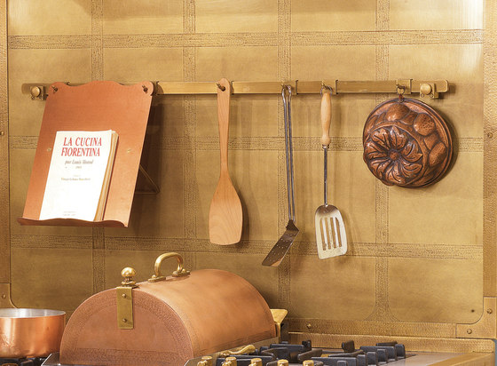 SHELVES | HANGING RACK WITH CURVED SUPPORTS by Officine Gullo