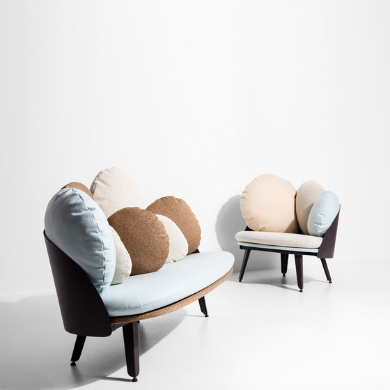 Nubilo | Colors Armchair by Petite Friture