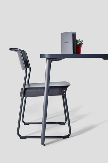Canteen Table Lino von VG&P