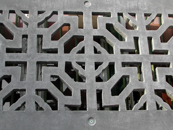 Perforated panels de IVANKA