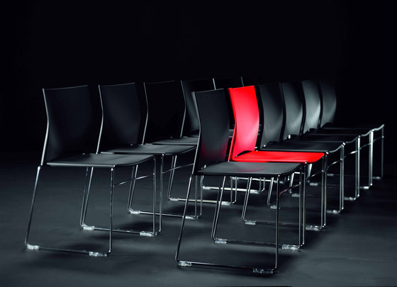 Sid Stacking chair de Viasit