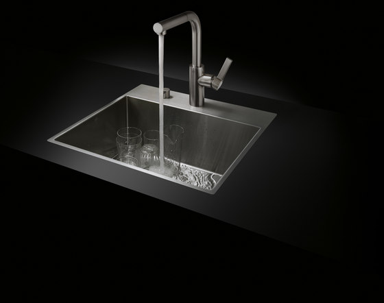 Water Units - Double sink by Dornbracht