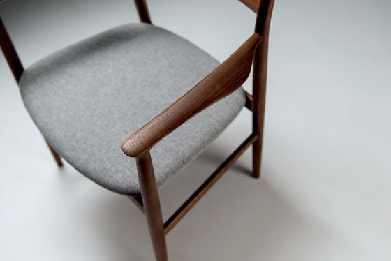 Kamuy Chair de Conde House