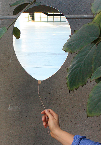 Balloon mirror by EO