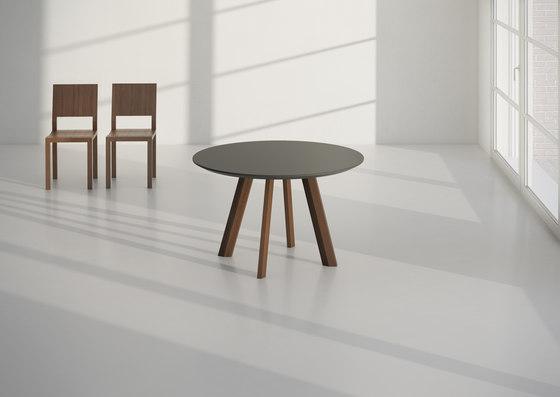 RHOMBI Tisch von Vitamin Design