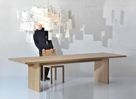 SAGA Table di Vitamin Design