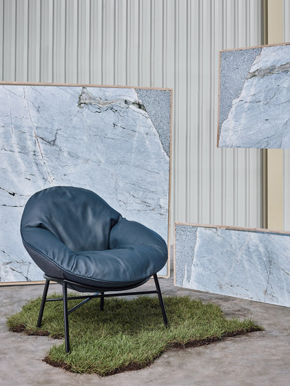 Oyster Armchair di Comforty