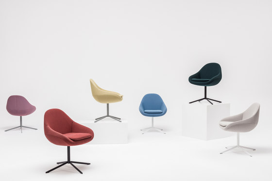 Ripple Chair by Comforty