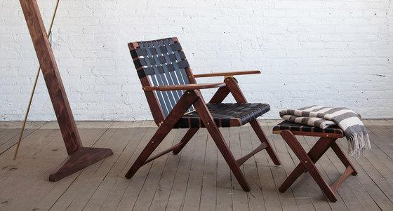 Folding Lounge Chair Walnut de Todd St. John
