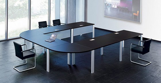 Frame Lite conference table by Walter K.