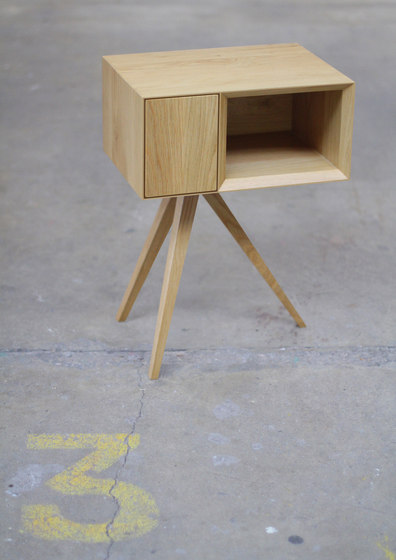 Incunabular Side Table de Invisible City