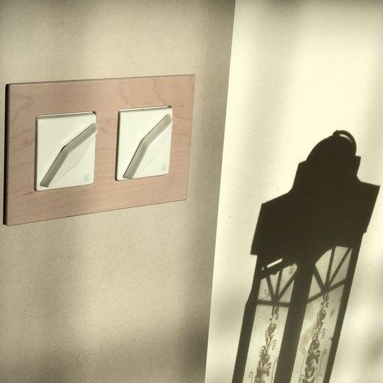 Arreda square⎟double switch by Gi Gambarelli
