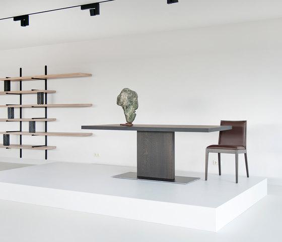 Mona chair by Van Rossum