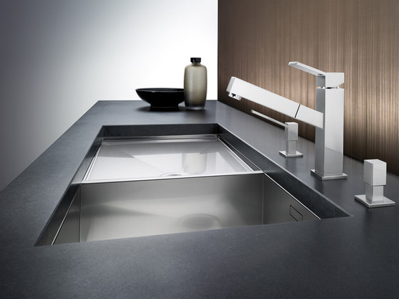 BLANCO QUADRIS-S | Brushed Stainless Steel by Blanco