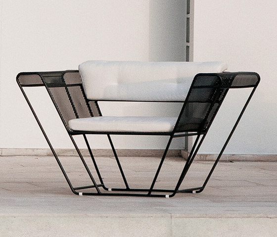 Float | Living Armchair by Talenti