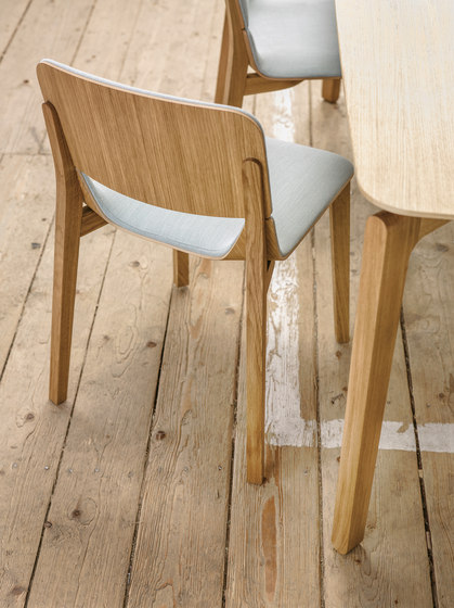 Leaf barstool low by TON