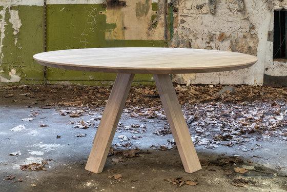 Oak A Line by dutchglobe