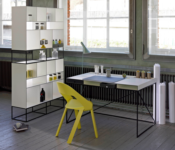 WOGG CARO Writing Table de WOGG