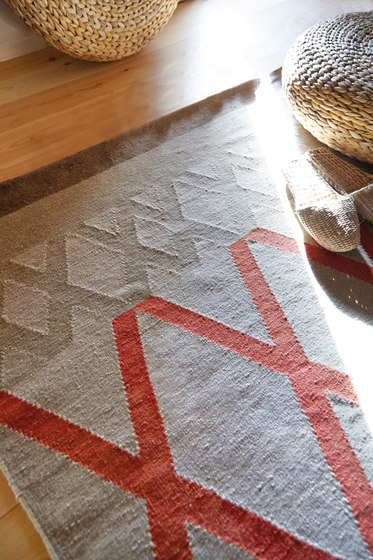 Sioux Rug Coral 1 by GAN