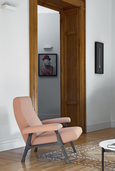 Hall Armchair by ARFLEX