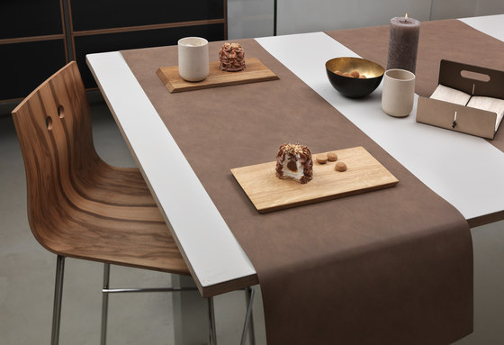 Table Runner by LINDDNA