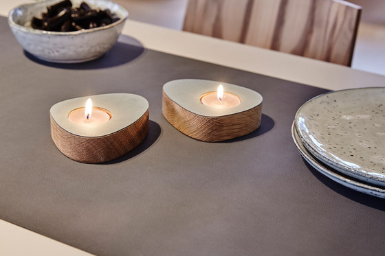 Curve Candle Holder by LINDDNA
