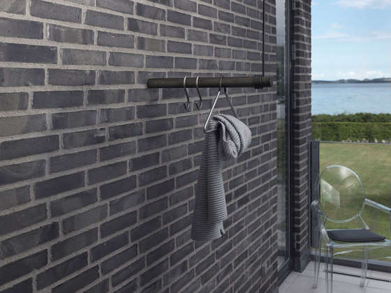 Wall Swing by LINDDNA