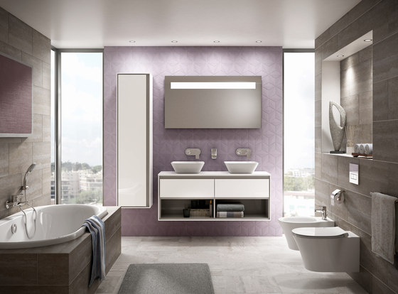 Connect Air Körperform-Badewanne 1600 x 700 mm by Ideal Standard